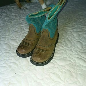 Ariat size 8 Boots